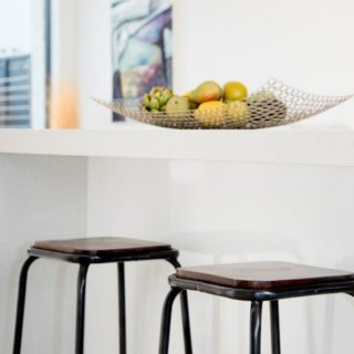 Light and Bright - Home Staging - Dining accessories