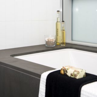 Contemporary Apartment Staging - bath
