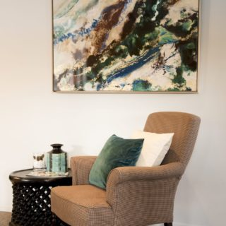 Colours of Nature - home staging - seating and art